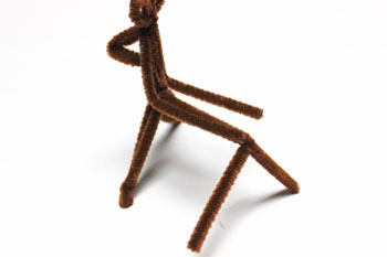 Chenille Wire Reindeer step 17 bend wires along neck and back