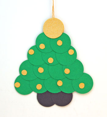 Circles Christmas Tree Ornament step 10 hang to display