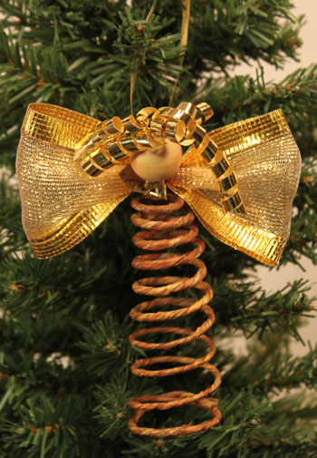 Easy Angel Crafts Spiral Wire Angel finished and hanging on tree