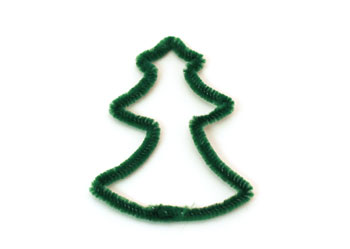 Easy Christmas Crafts Chenille Stem Christmas Tree step 9 curve the tree shape