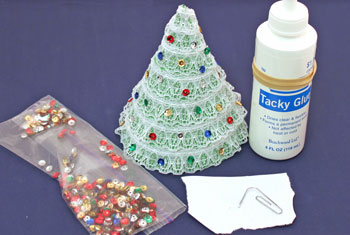 Easy Christmas Crafts Construction Paper Christmas Tree step 8 glue the sequins to the lace