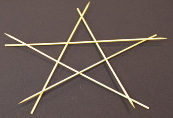 Easy Christmas Crafts Five Point Wooden Star step 5 add fifth skewer