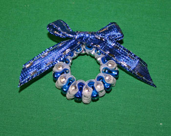 Easy-Christmas-crafts-Beaded Christmas wreath blue silver add bow