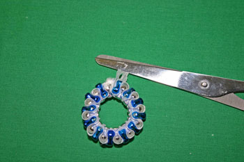 Easy-Christmas-crafts-Beaded Christmas wreath blue silver trim lace ends