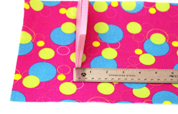 Easy Felt Crafts Notepad Cover2 step 3 measure thickness