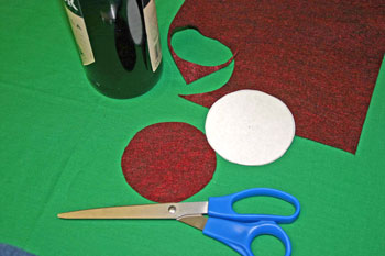Easy Felt Crafts Wine Gift Bag cut out circle base