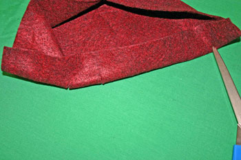 Easy Felt Crafts Wine Gift Bag cut slits for ribbon