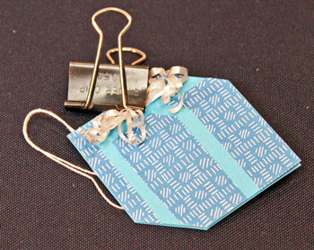 Easy Paper Crafts Gift Box Gift Tag step 13 clamp until glue dries