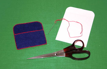 Easy felt crafts business card holder step 4
