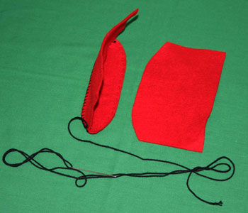 Easy felt crafts cosmetic pouch step 5
