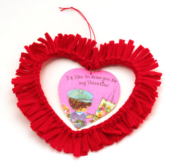 Easy felt crafts fringed felt heart large with valentine in middle