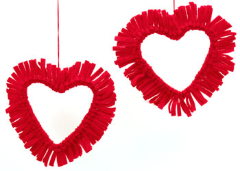 Easy felt crafts fringed felt heart two finished and hanging