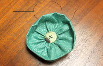 Fabric Flower Ornament step 9 finish button