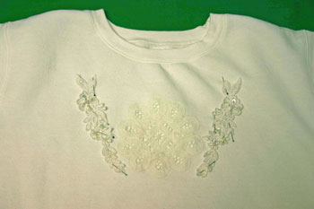Frugal-Fun-Crafts-Sweatshirt-with-Battenberg-Lace-stitches2