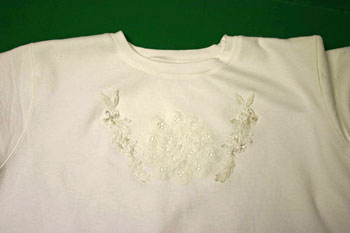 Frugal-Fun-Crafts-Sweatshirt-with-Battenberg-Lace-Stitches3