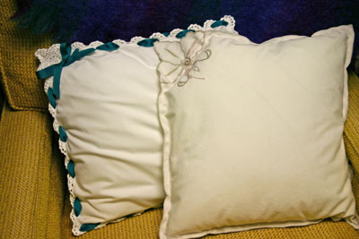 Frugal fun crafts napkin pillow - two