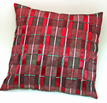 Fun Easy Woven Ribbon Pillow Plaid step 19 finished pillow