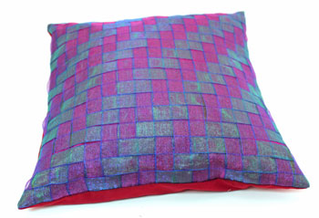 Fun Easy Ribbon Pillow Shaker Style Weave finished showing pattern