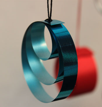 Ribbon Circles Ornament