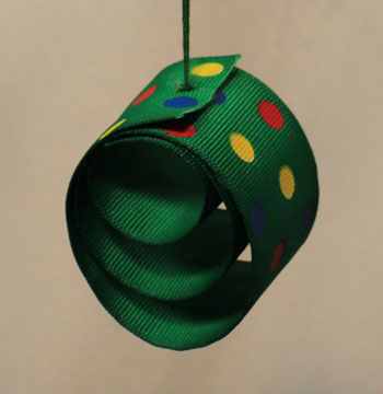 Easy Christmas crafts Ribbon Circles Ornament finished green with polka dots