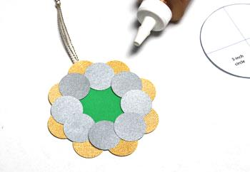 Round Paper Circles Ornament step 7 glue second layer