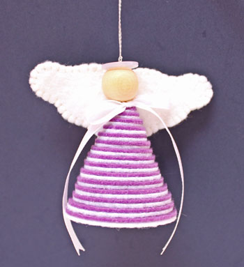 Easy Angel Crafts Stiff Felt Circles Angel in purple and white