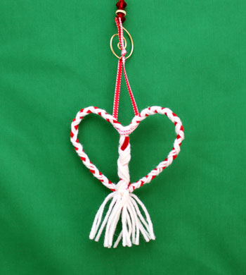 Yarn & Chenille Wire Heart Ornament