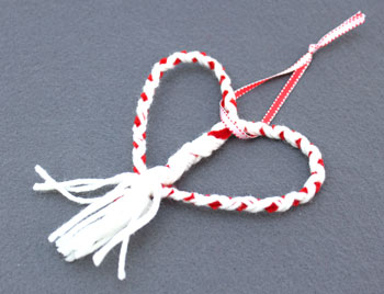 Yarn and Chenille Wire Heart Ornament step 18 add ribbon loop