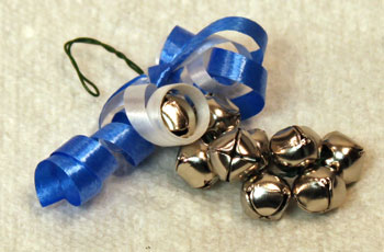 Easy Christmas Crafts Bell Ornament step 12 twist wire to make hook