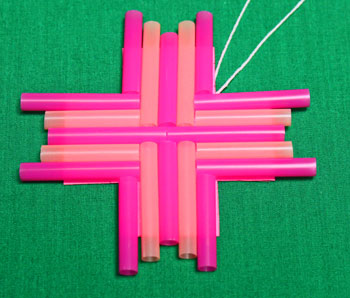 Drinking Straw Mosaic Ornament step 7 position last set of straws