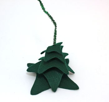 Felt and Chenille Wire Christmas Tree step 6 add remaining pieces in descending order