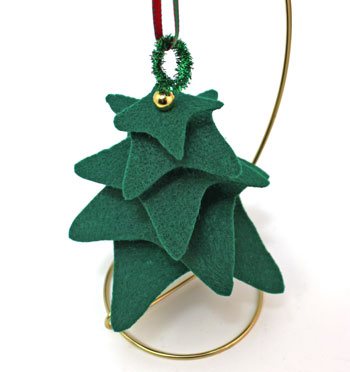 Felt and Chenille Wire Christmas Tree step 9 hang simple decoration