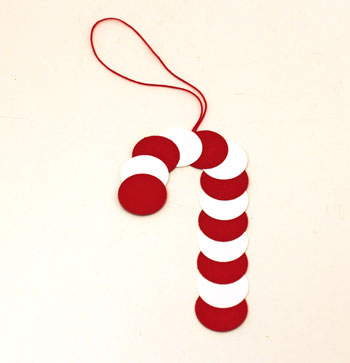 Paper Circles Candy Cane ornament step 5 let glue dry before hanging