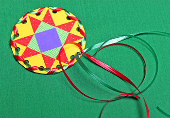 Paper Quilt Patch Ornament step 14 secure second ribbon