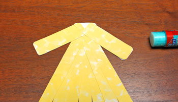Paper Shapes Angel step 6 glue arms to torso