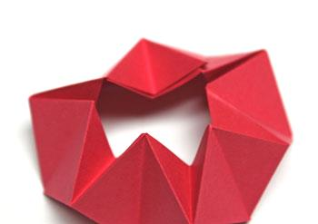 Pyramid Folded Star step 12 overlap shapes