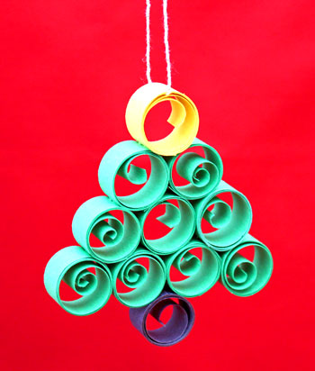 Quilled Paper Christmas Tree Ornament another finished version