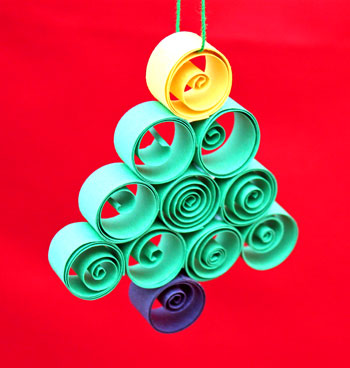 quilled paper christmas tree ornament finished and on display