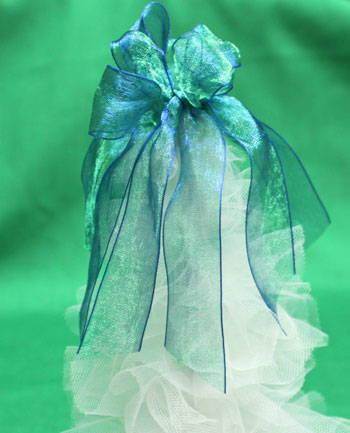 Tulle and Chenille Christmas Tree step 15 trim ribbon ends