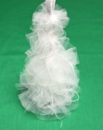Tulle and Chenille Christmas Tree step 9 add remaining tulle layers
