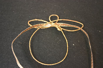 Easy Angel Crafts - Wire Angel - pull ribbon through wings