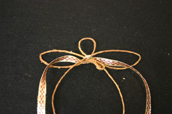Easy Angel Crafts - Wire Angel - wrap ribbon through wings then back to the front